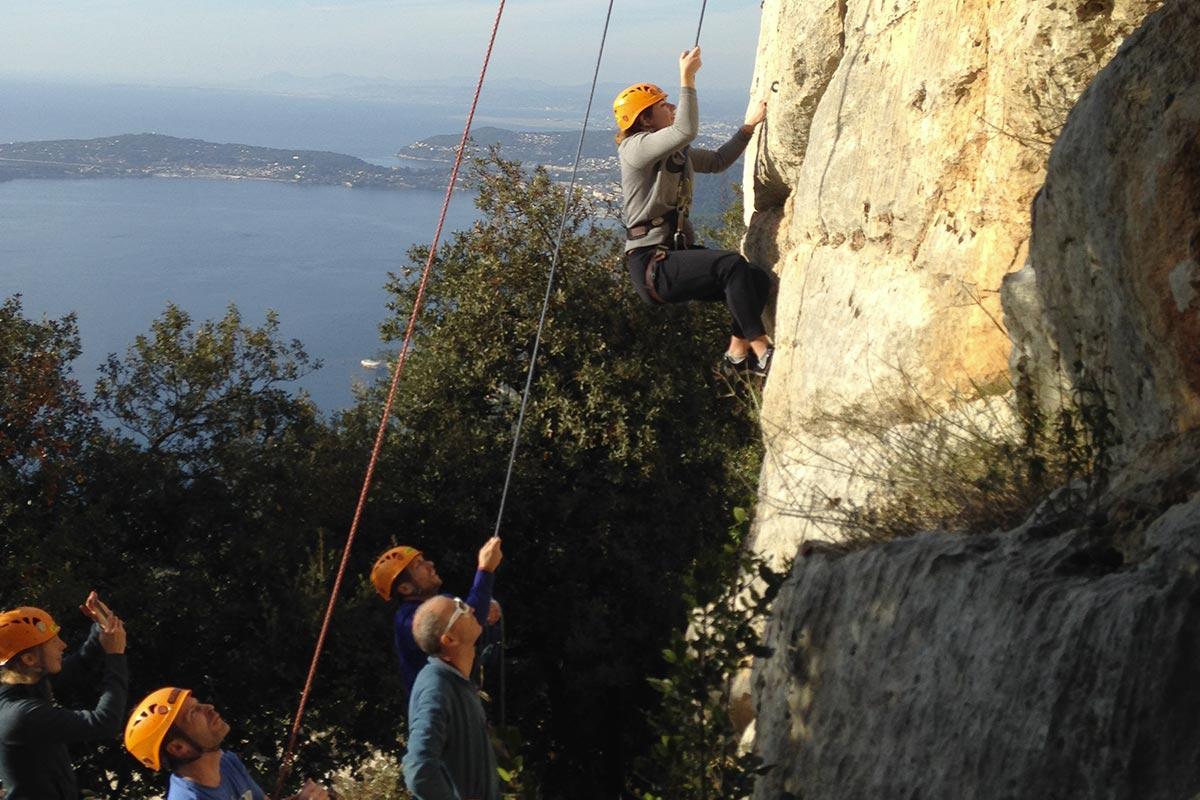 Séquence Frisson | Team building escalade, descente en rappel et tyrolienne Côte d'Azur