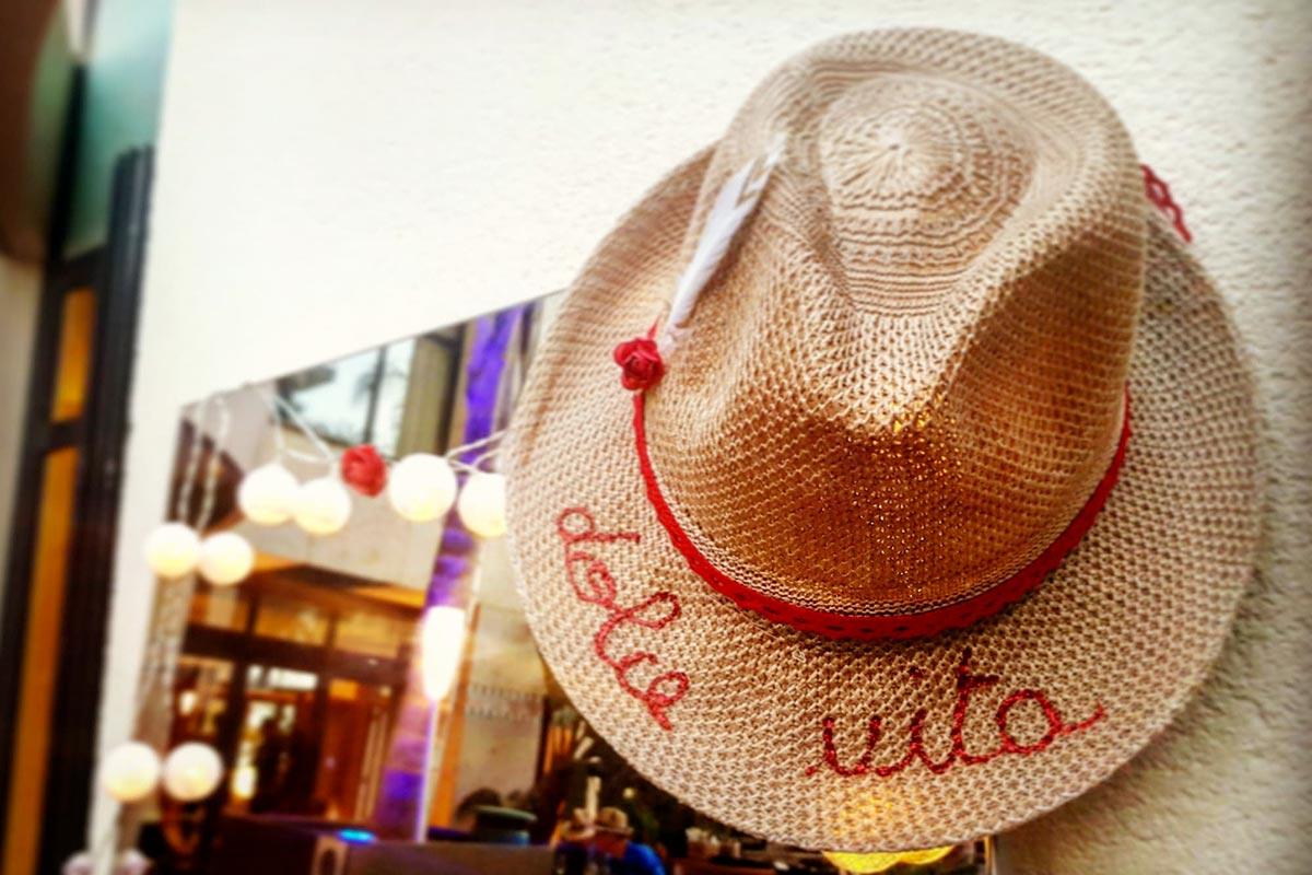 Le bar à chapeaux | Organisation soirée entreprise